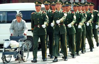 China_aging_soldiers_q_48334